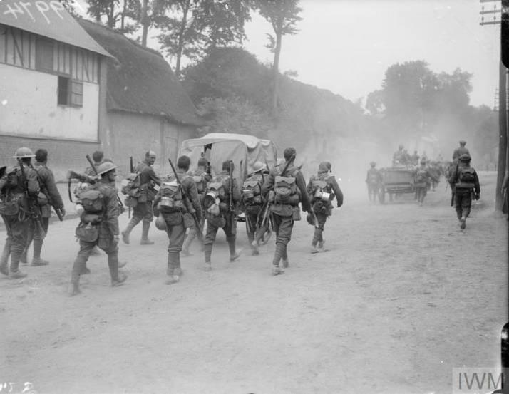 10th Battalion (1st Hull) marching to the trenches